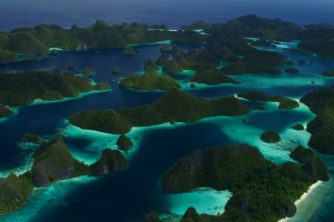 The iconic Wayag archipelago located between Gag Island and Manuran Island in the Raja Ampat islands. The Wayag Archipelago is threatened by mining. photo: Anon.